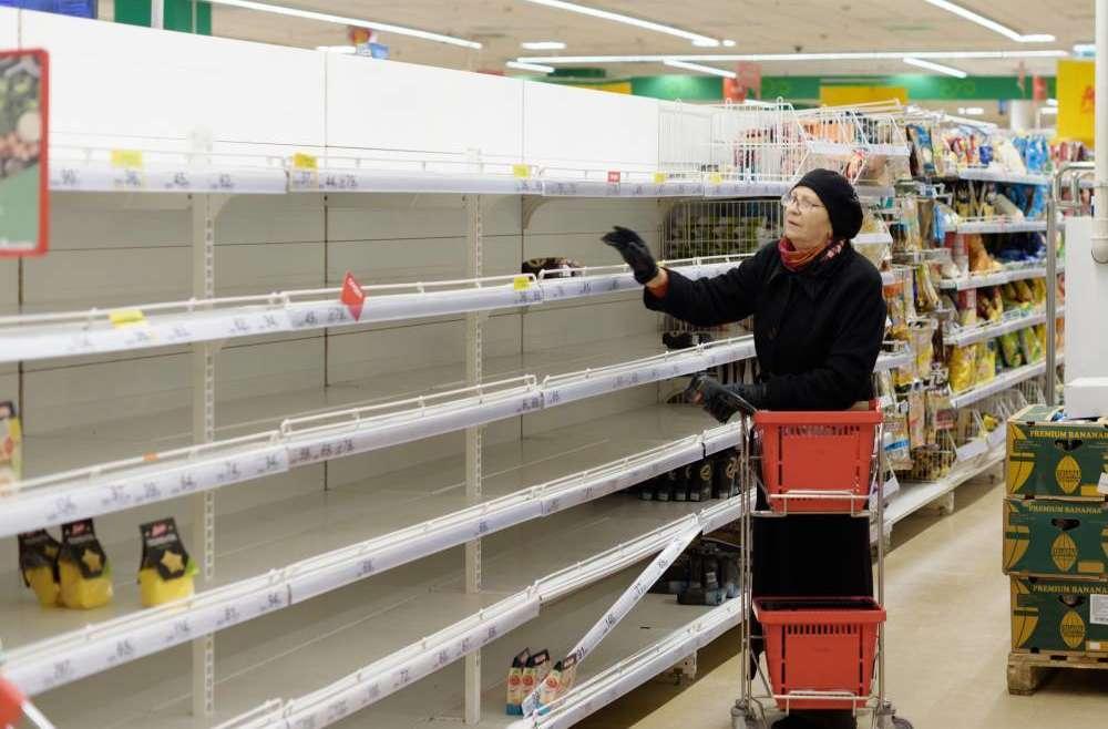 Россияне пожаловались на пустые полки в магазинах «Пятерочка»