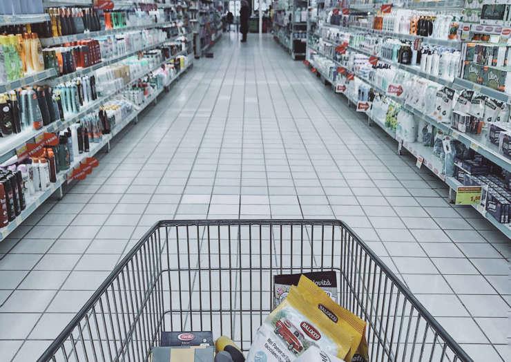 ФАС хочет законодательно ограничить наценку на продукты в магазинах