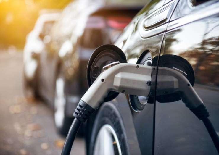 Нулевую пошлину на ввоз электромобилей могут продлить до 2024 года