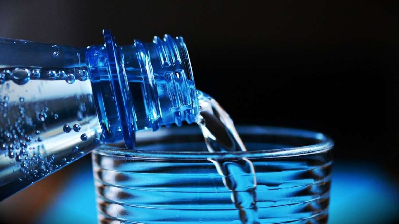 Французский McDonald's начал продавать водопроводную воду